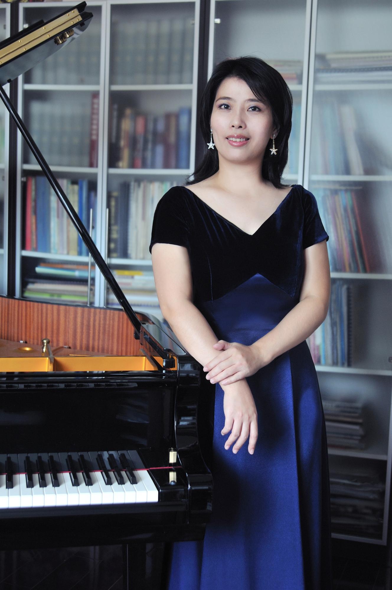 黃瑩(Huang Ying)